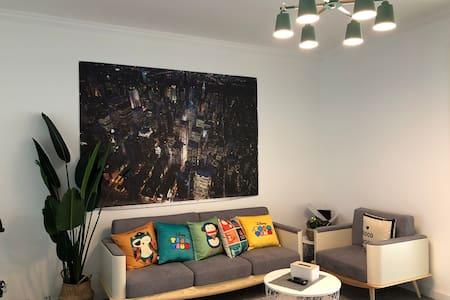 2室1厅水晶丽城现代简居家庭房