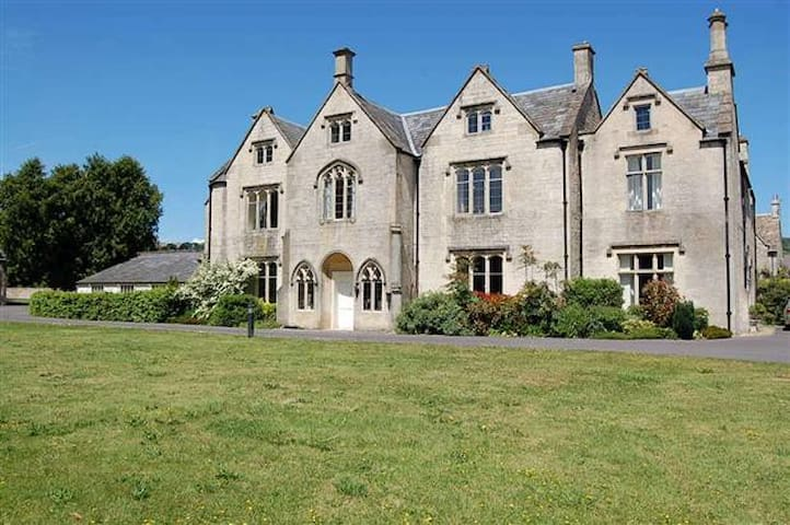 Charming apartment in 18th century manor house - Stroud - Leilighet