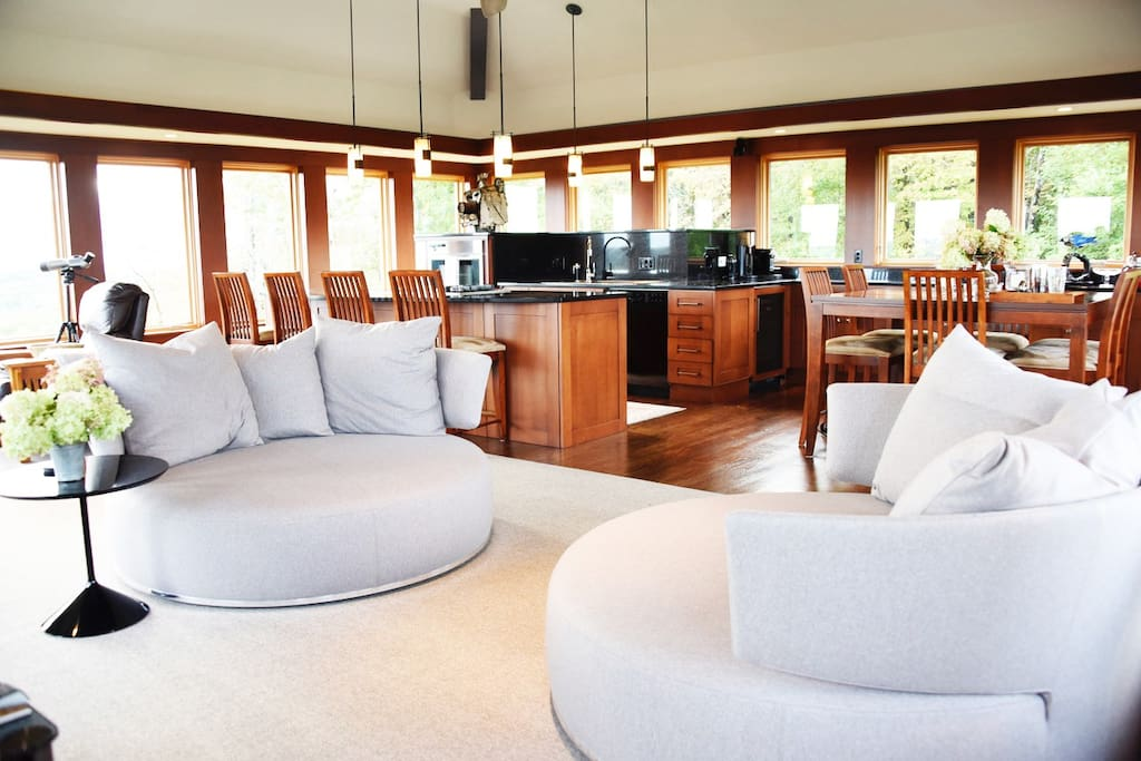 Open plan layout for quality time with friends or family