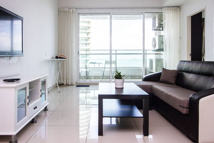 GeorgeTown Seaview Suite★ 3 room 1 carpark★ 1-9pax