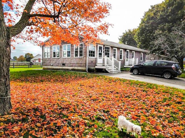 Farm Setting House Near Newburyport & Plum Island