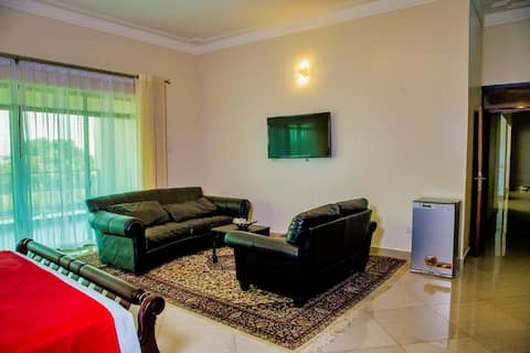 THREE BEDROOM Apartment HOTEL along VICTORIA MALL