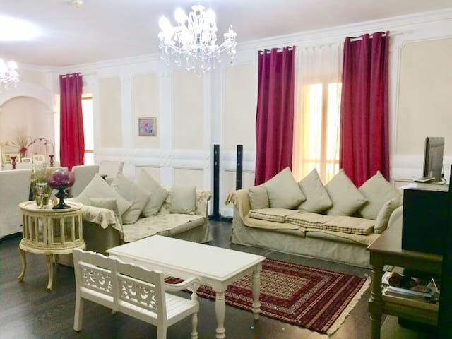 Huge 4BR apartment +JBR Walk + Close to the beach