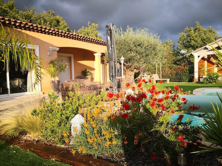 Villa 6 couchages avec piscine et SPA