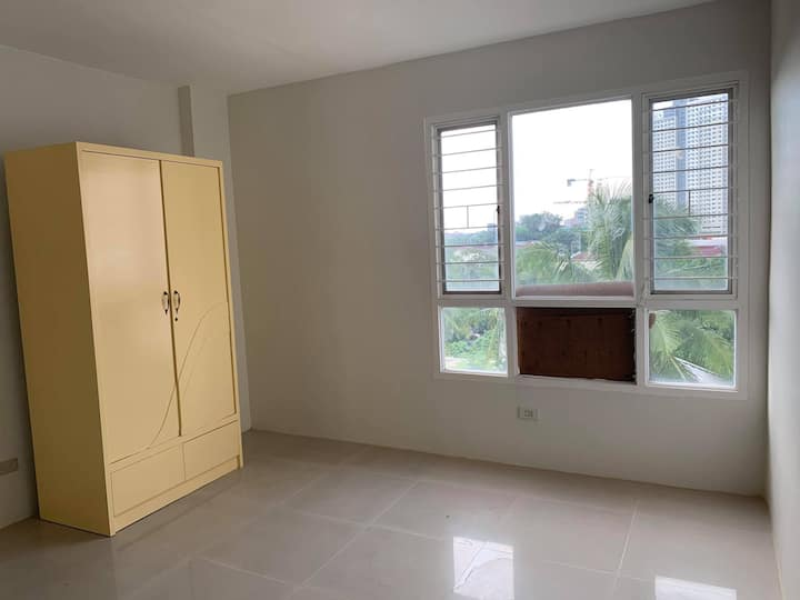 Studio Unit near Grace Christian College