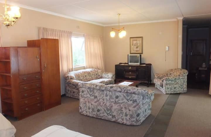 Sandy's Place Self-Catering Family Unit