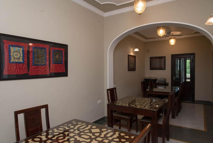 Feel at home at this Grand 1BR Homestay in Udaipur (Few Km from Fateh Sagar Pal)!