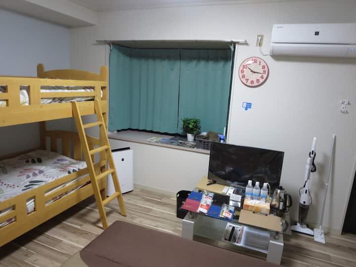 203号★無料駐車場有り★キッチン備え付け★3名まで宿泊可!!