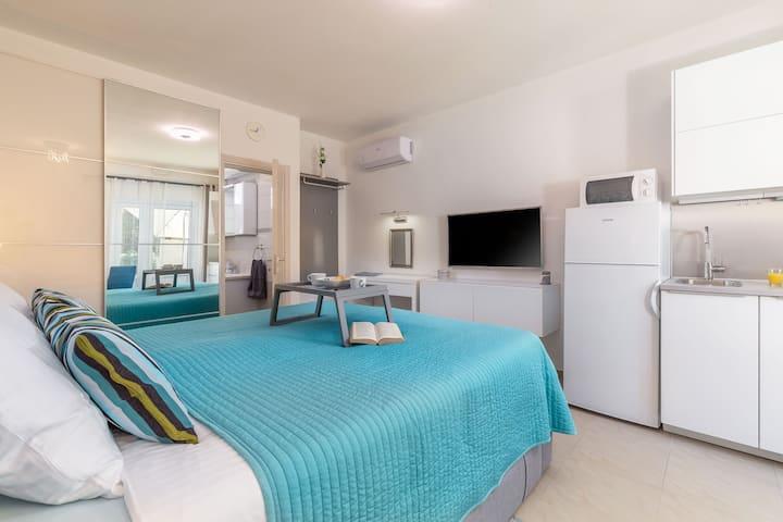 eVita Fažana Premium Studio Apartment A2 for 2 prs