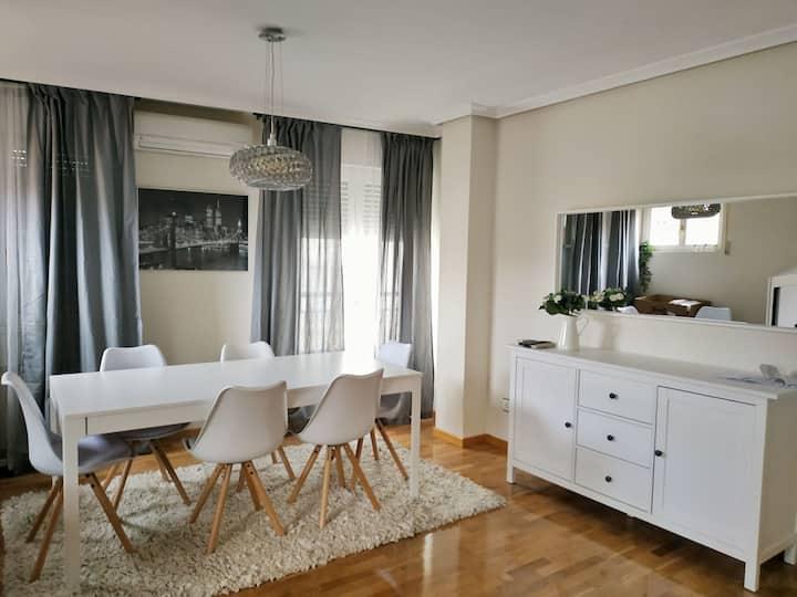 Precioso dúplex céntrico de 4 hab, salón y terraza