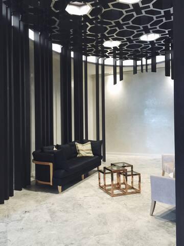 COZY 2 BDR South Yarra luxury apt - South Yarra - Apartamento