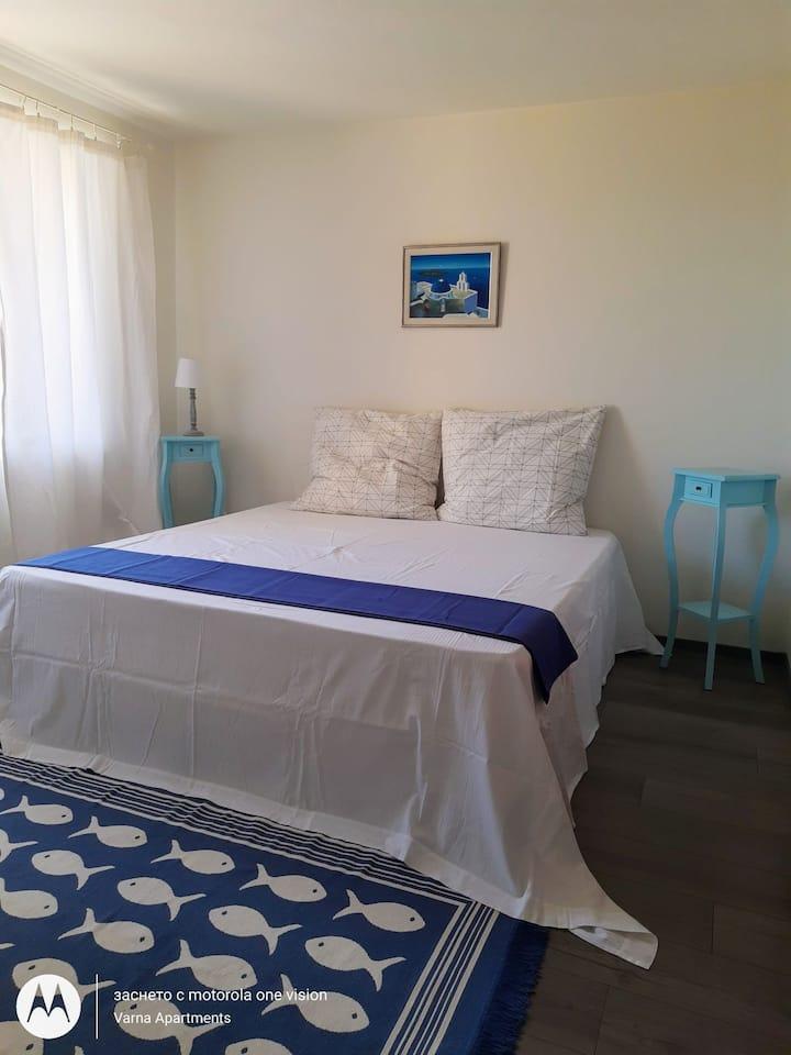 Santorini Villa / Varna Apartments