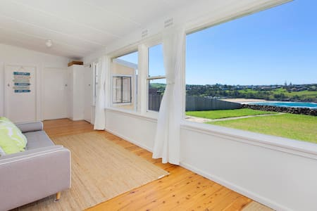 KIAMA BEACH COTTAGE AT EAST BEACH - Kiama Heights