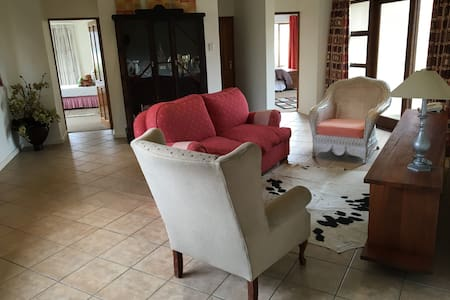 stockowners farm home,// two bedrooms - Howick