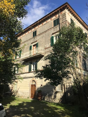 dei Nonni - Spacious Flat in the hills of Lucca
