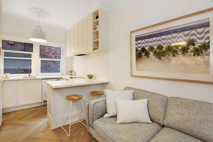 Sea Stone @ Bondi Beach - studio on Bondi Beach - Bondi Beach - Apartment