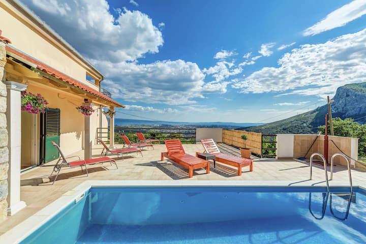 Moderna Villa a Soline vicino al Mare