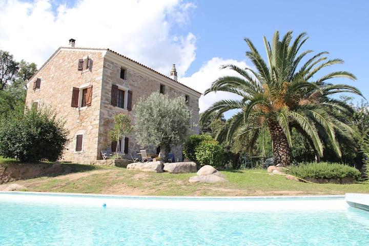 L'Arbughialla , MAISON TRADITIONNELLE CORSE