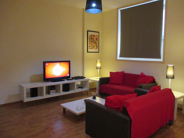Lovely Kolonaki Studio, Location, Metro, Free Trns