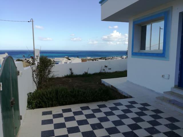 Maison avec jardin et terrasse à 5mn de la mer