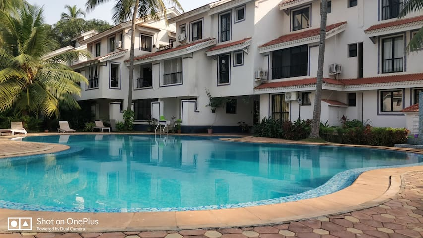 Awesome Studio Apartment Nr Baga Riviera Residency