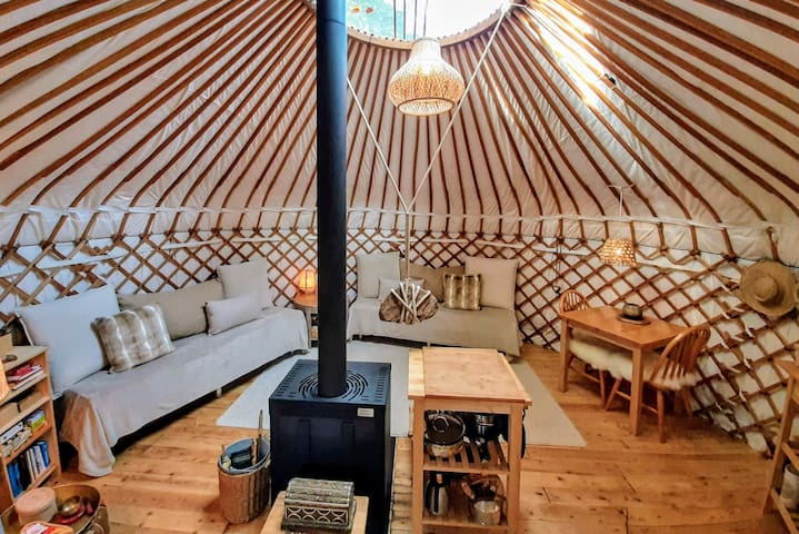 Yurt 'Living in the Round' | Glamping in nature
