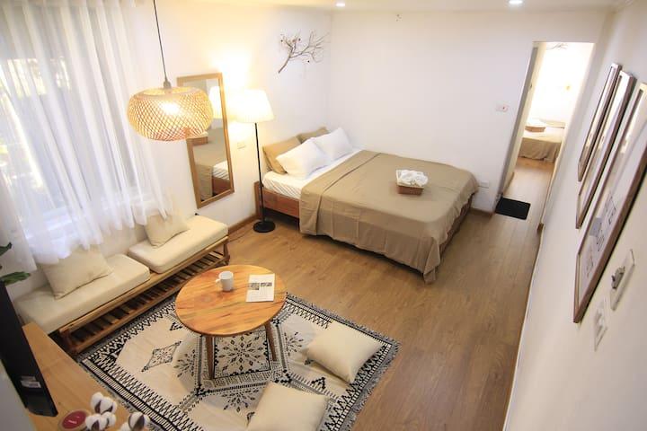 Apt 2 bedrooms_30s to Ta HienStreet_Oldquarter