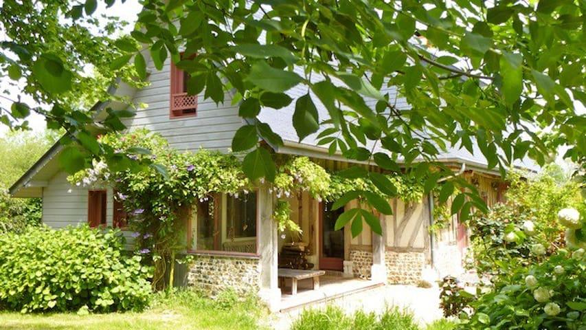 Chambre d'hôte de charme - Morainville-Jouveaux - Bed & Breakfast