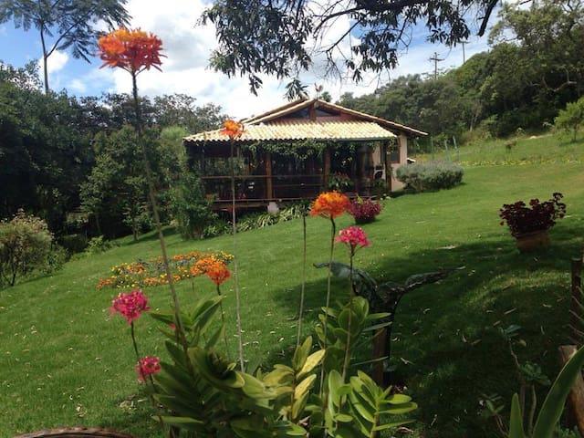 Maria Moura´s farm - Carrancas - Cabana