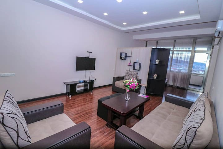 Cozy Studio near Dalma Garden Mall