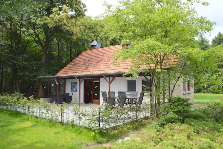 Cozy Holiday Home in Uden with Private Garden