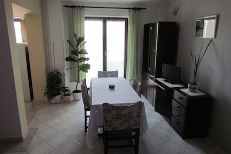 Two-bedroom apartment with teracce - Vinkuran