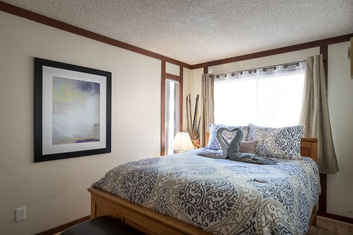Incline Village European Two Bedroom Suite
