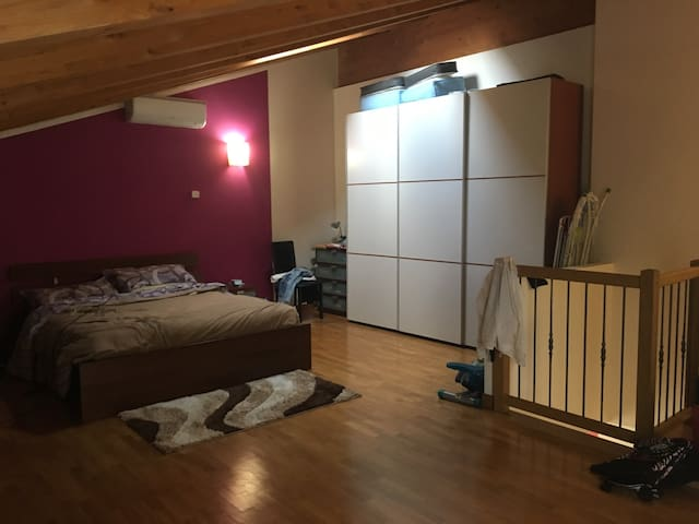 Bell'appartamento con mansarda - Vigodarzere - Apartment