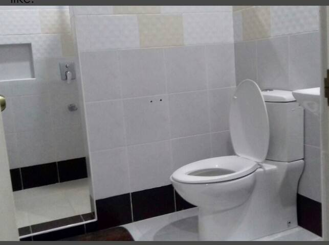 Clean & spacious T&B with hot & cold shower