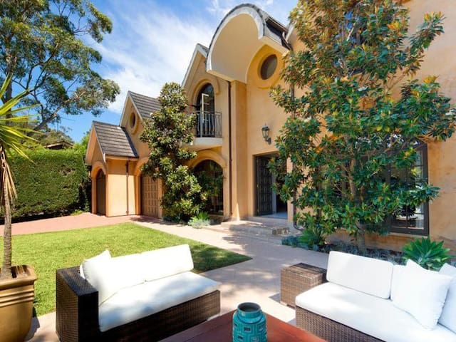 Magnificent Home in Peaceful Location