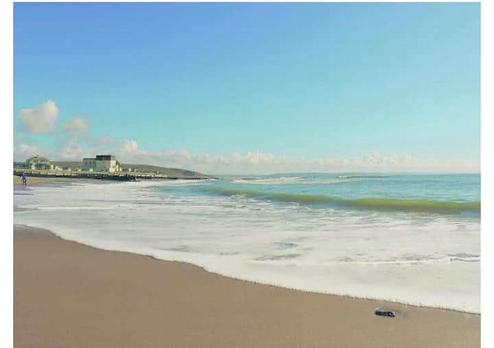 Spacious apartment in Tywyn 4 miles from Aberdovey