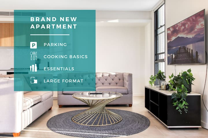 ♛ Luxury Brand New SubPenthouse Views +FreeParking