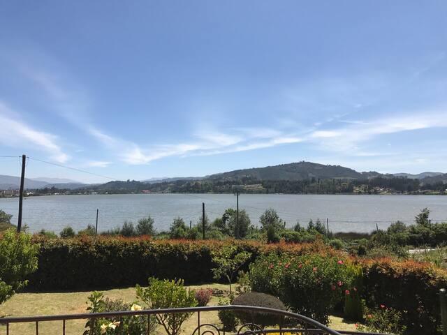 Cabaña con vista al Lago Sochagota - Paipa - House