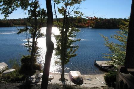 Fantastic Fun on the Lake in the Poconos - Tobyhanna