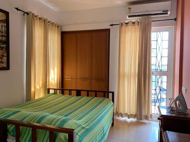 Posh AC 2bhk apartment near Kaloor Stadium, Cochin