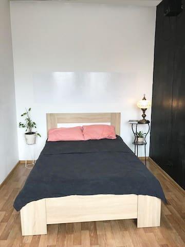 Ozerianska apartments