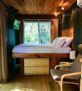 Sunrise Eco Cabin - Living Space