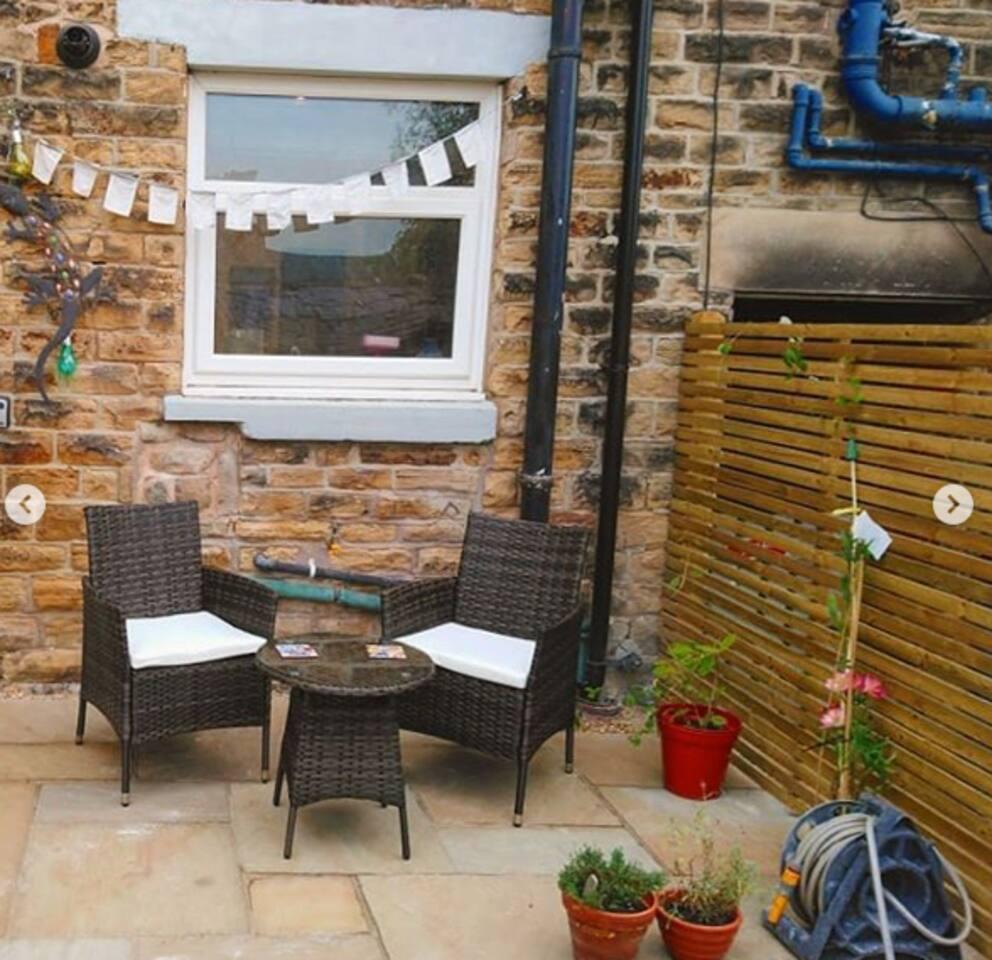 Garden Breakfast Area