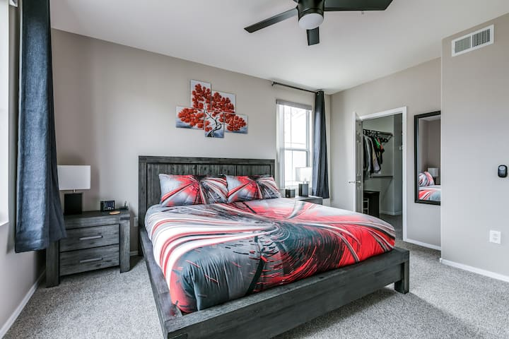 King size bed with new hybrid mattress