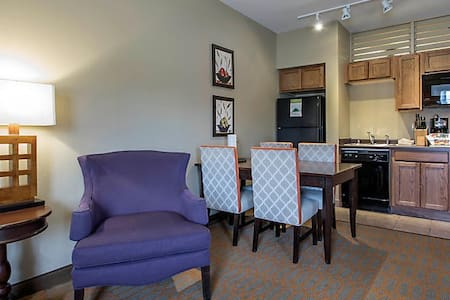 2BR Unit w/ Kitchen Mt Olympus Wristbands INCLUDED