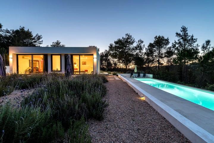 Stunning villa in the heart of Ibiza