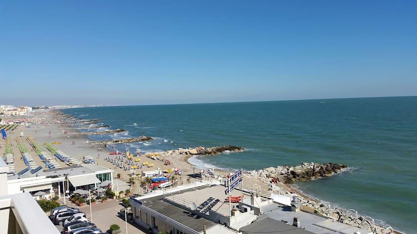 Misano (Portoverde) - App.to vista mare (2) - Misano Adriatico - Lejlighed