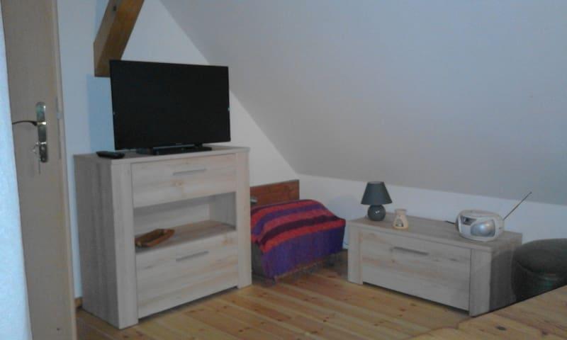 Zimmer / im Haus - Berliner Stadtrand - Petershagen/Eggersdorf - Huis