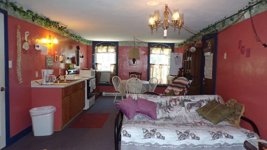 Florence Guest House--Loft Unit